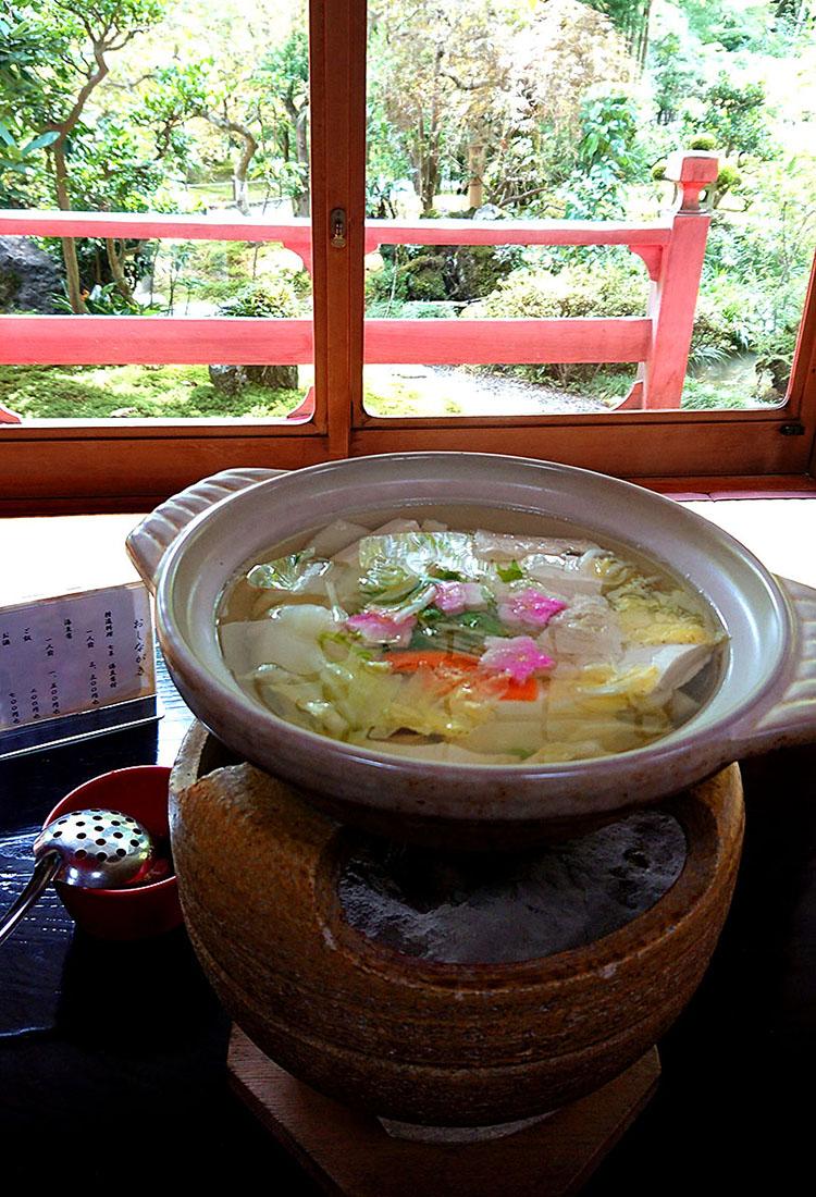 龍安寺湯豆腐