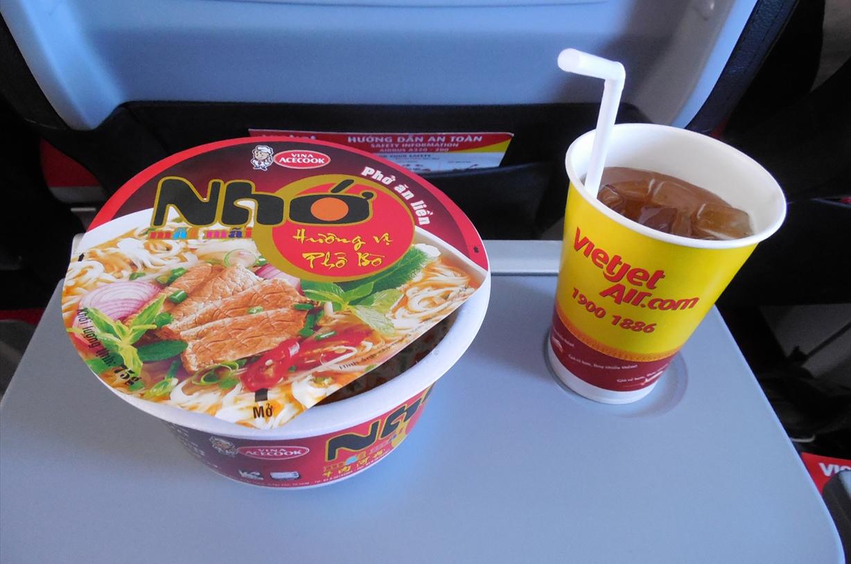 「タビノート」下川裕治:第13回 ベトジェットはアジアLCCの台風の目?