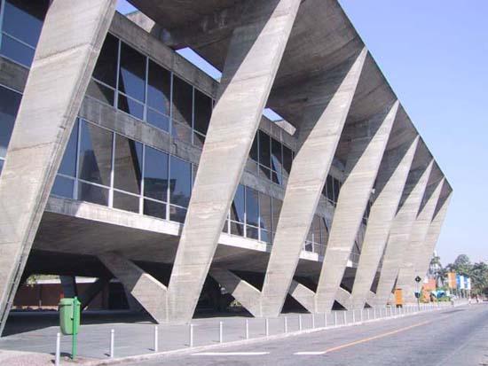Museu_de_Arte_Moderna,_Rio_de_Janeiro_(2001)