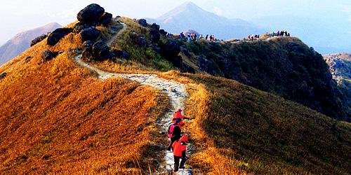 1.5.3.7-Lantau-Peak_03