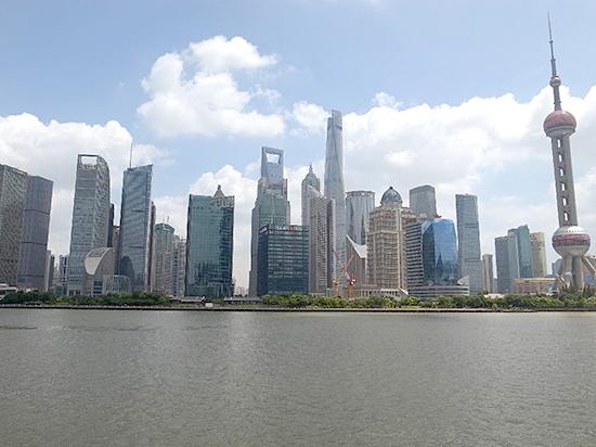 イケイケ上海のビル群