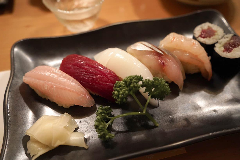 お寿司はノドグロ、マグロ、スミイカ、カスゴダイ、アマエビ