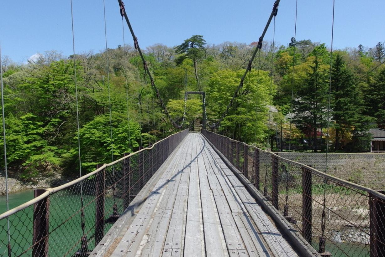 新潟県関川村の鷹の巣吊り橋