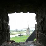 壁越しの風車