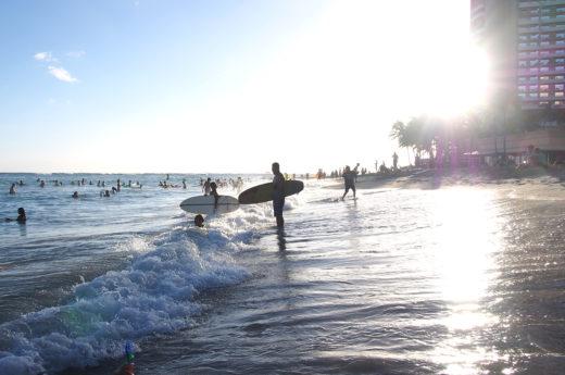 夕刻のワイキキビーチ