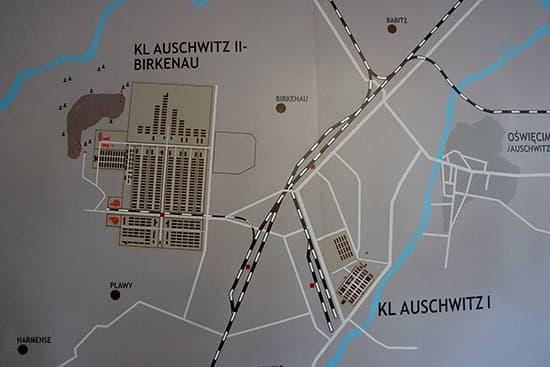 アウシュビッツとビルケナウの位置関係