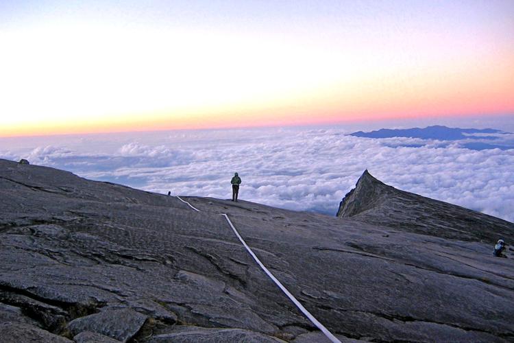 キナバル山の画像 p1_9