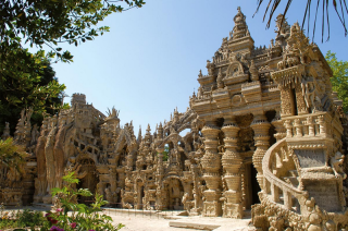 Cheval's Ideal Palace